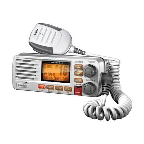 Uniden UM380 Marine CB Radio Review waterproof
